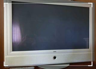 """tv Loewe plasma 42"""""""