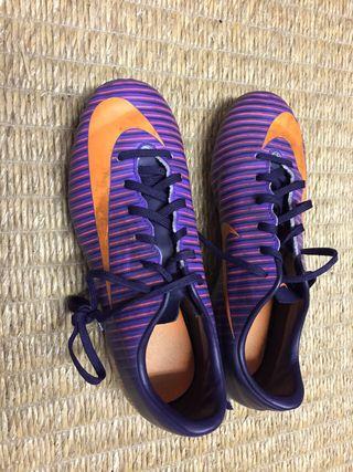Botas fútbol adidas y Nike