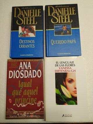 Lote de 4 novelas románticas