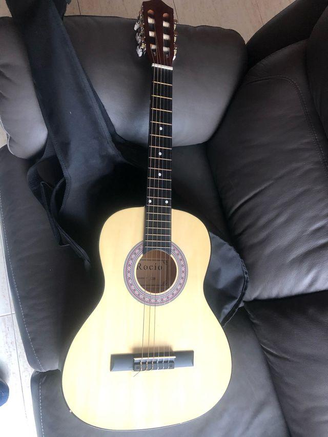 Guitarra española niño