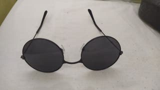 Gafas de sol redondas negras