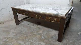 mesa colonial con mármol
