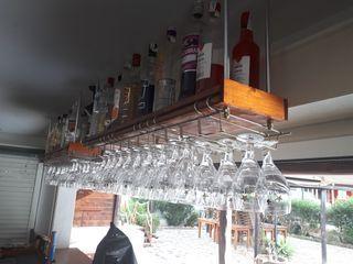 colgador copas y soporte botellas