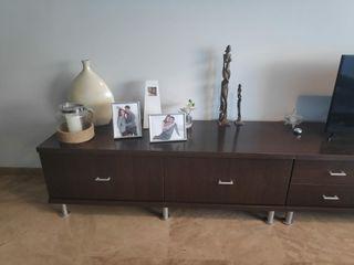 Composición de muebles de salón moderna.