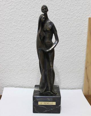 Escultura de J. Perelló