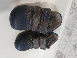 Zapatos pablosky talla 20 como nuevas