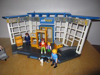 Aeropuerto y torre de control Playmobil y figuras