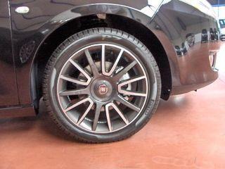 "Llantas Fiat Bravo Sport 17"" 4x98 con Neumático."