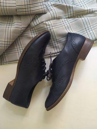 Zapatos Oxford azul marino
