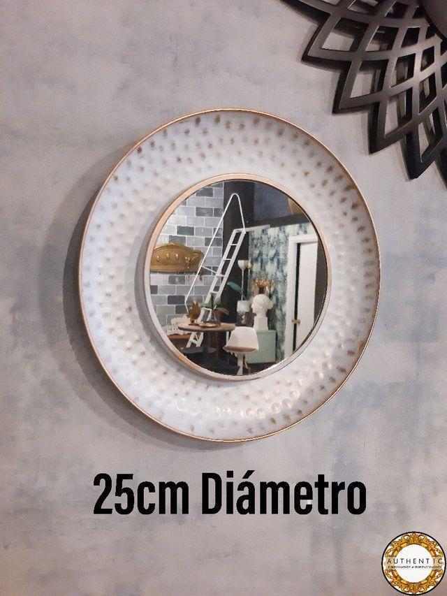 Espejo Plato Blanco Decapado 25cm Diámetro
