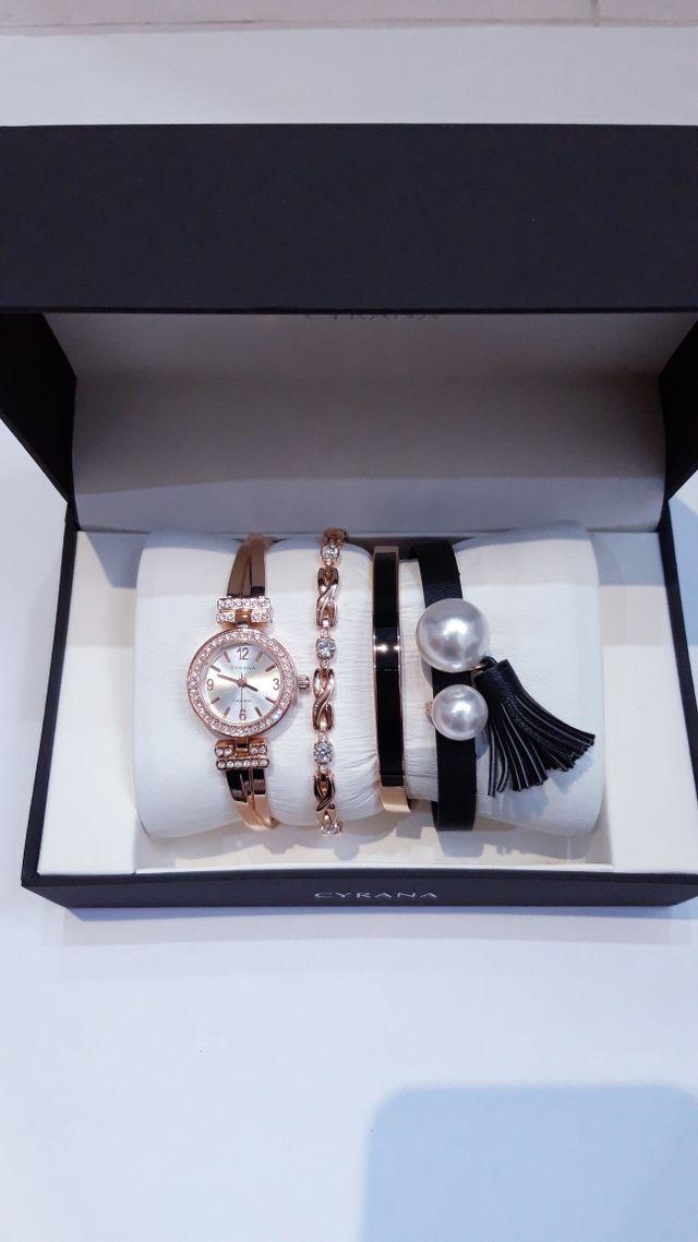 Reloj pulsera mujer. watch. Acero inoxidable.