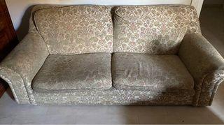 Sofá de 3 o 2 plazas + 2 cojines +funda