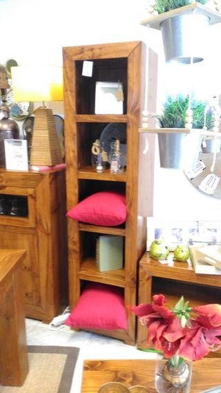 Librería rustica madera