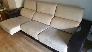 Sofá tres plazas con asientos extensibles