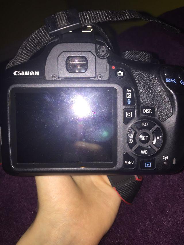 Canon eos 1300