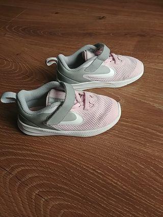 Zapatillas Nike niños de segunda mano en Guadalajara en WALLAPOP