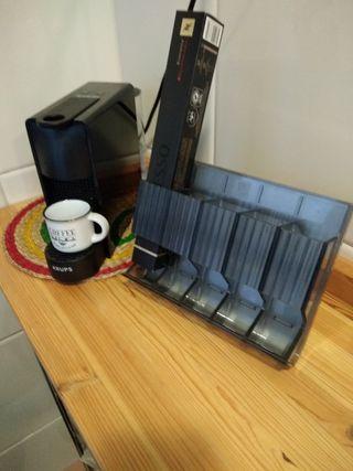 Dispensador de cafés Nespresso