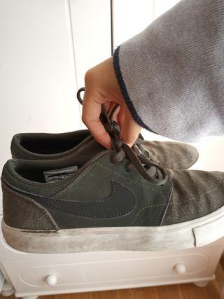 Zapatillas Nike skate de segunda mano en Valencia en WALLAPOP