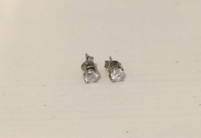 Pendientes de plata con circonita blanca