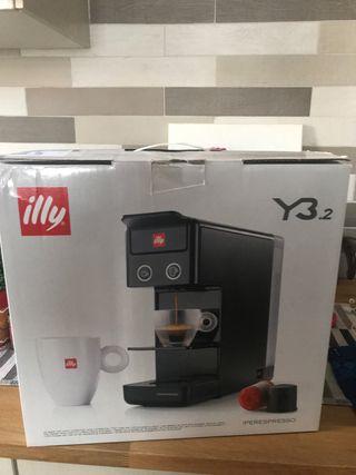 Cafetera nueva Illy Y3.2