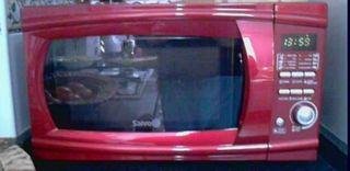 microondas Saivod color rojo