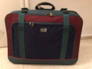 2 maletas iguales