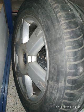 llanta de aleación R16 y neumático