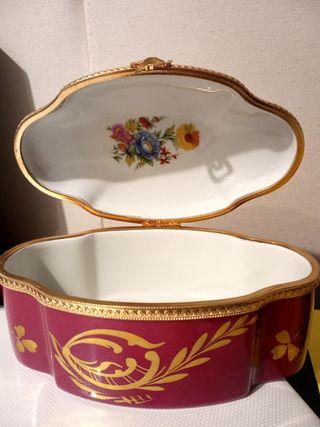Cajita/Joyero porcelana francesa Limoges