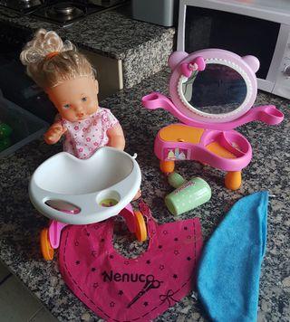 Muñeca Nenuco con peluqueria y tocador