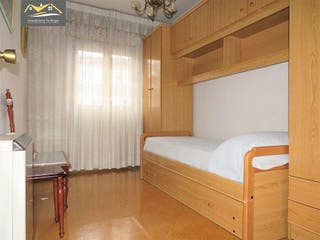 Piso en venta en Residencia en Ourense