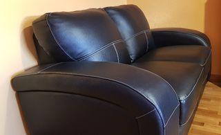 Sofá piel negro, 2 plazas