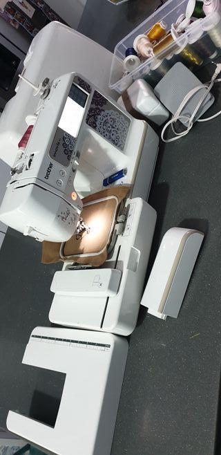 maquina de coser y bordadora brother innovis