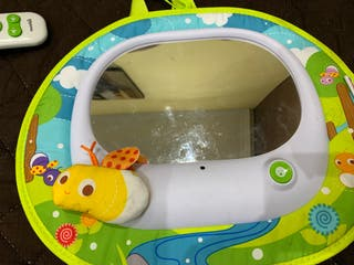 Munchkin espejo trasero vigila-bebe interactivo