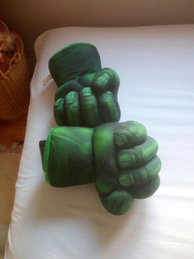 Puños Increíble Hulk