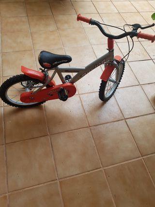 bicicleta en buenísimo estado