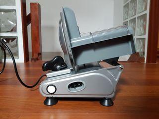 Cortafiambres eléctrica Fagor 150W Inox