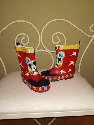 bota de agua Mickey número 26