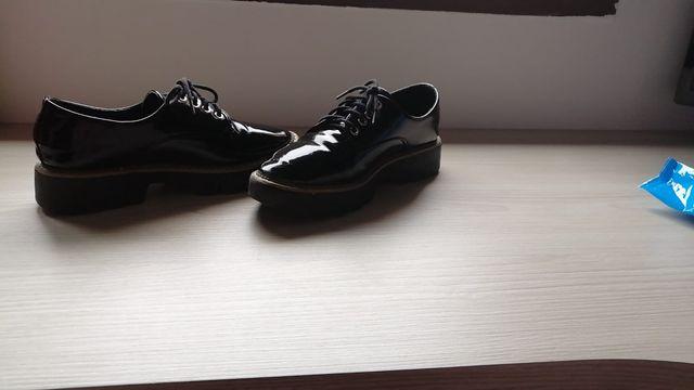 conjunto chaqueta y zapatos