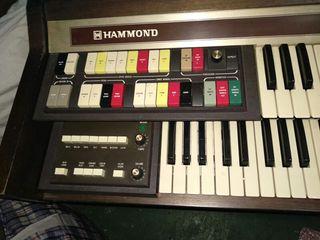 organo hammond9400 ,de los 70 en muy buen estado,s