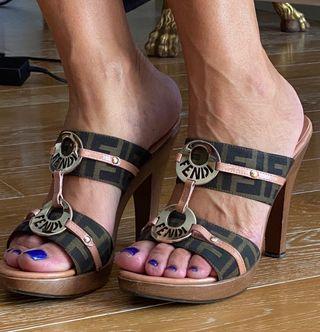 Sandalias de Fendi originales