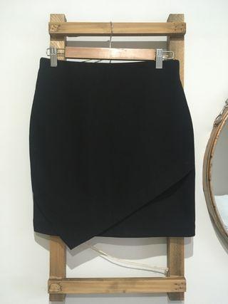 Falda negra mini H&M