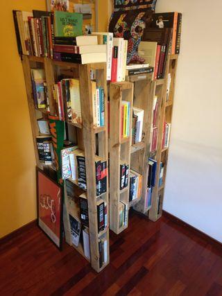 Libreria palés de madera 71x81x141