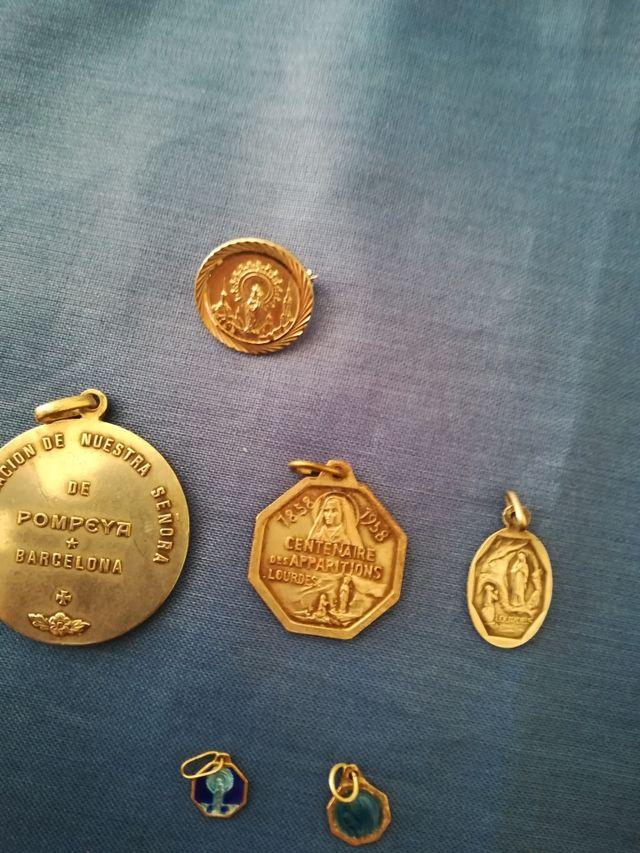 Medallas diferentes tamaños