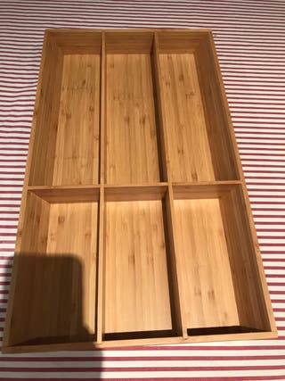 Cubertero de IKEA de madera bamboo