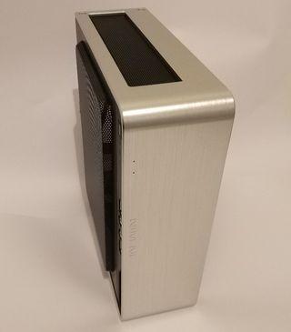 Caja de ordenador mini itx In Win Chopin SIN PSU