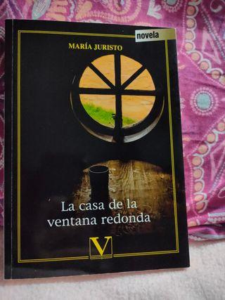 """""""La casa de la ventana redonda"""" María Juristo"""
