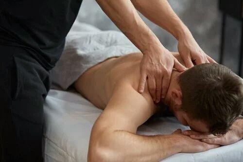 Sesión de masaje descontracturante de espalda 15€