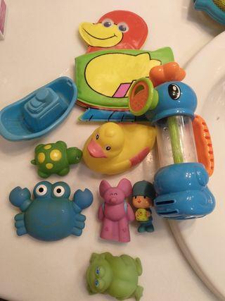 Lote de juguetes para el baño