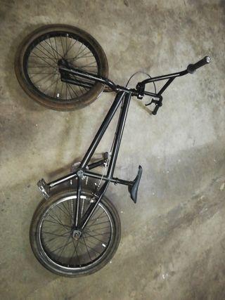 BMX DE RAMPAS!!