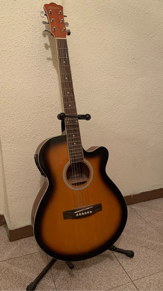 Guitarra Electroacústica NUEVA.